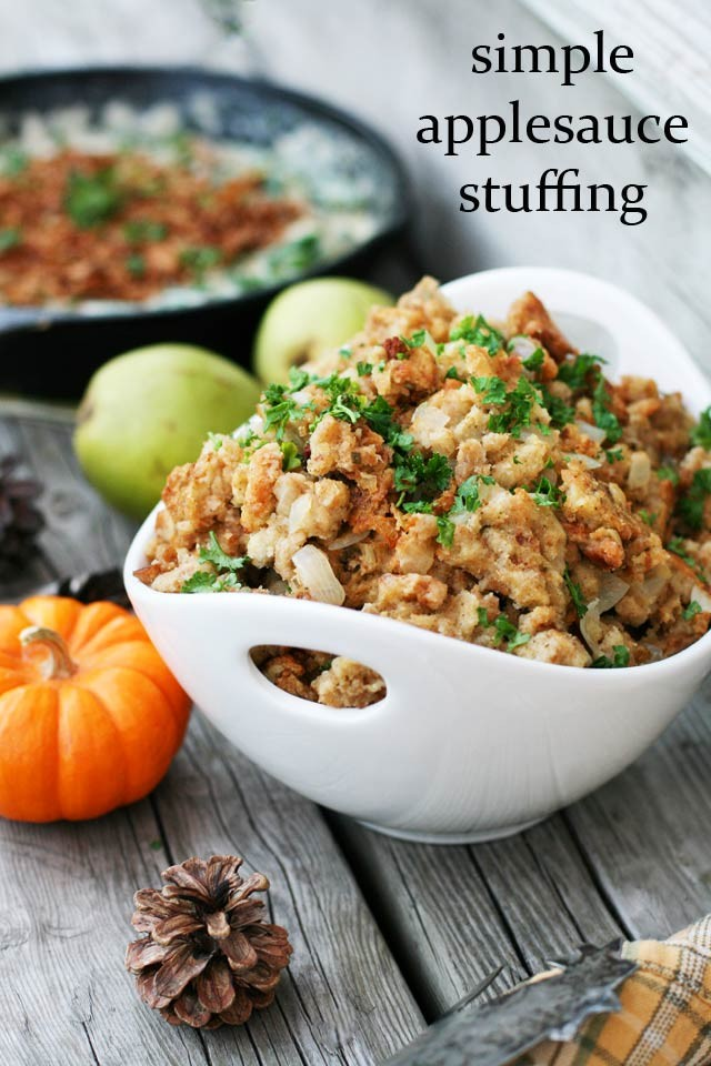 Simple applesauce stuffing recipe, made with seasoned bread cubes and applesauce.
