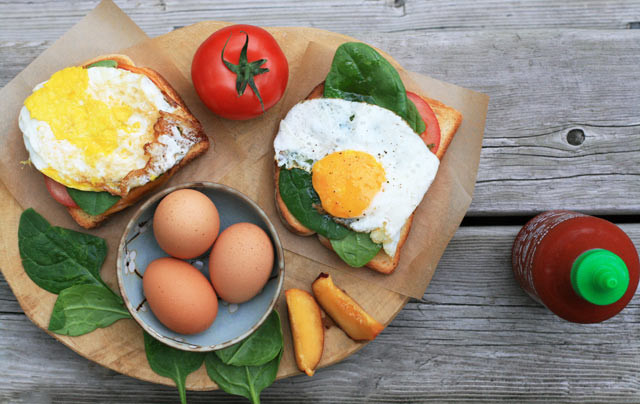 Fried egg sandwiches: Hearty, unfussy, and just 60 cents each! Repin to save.