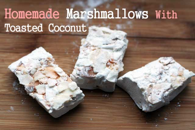 Homemade coconut marshmallows. Package these up and give them as a gift! Click through for recipe.