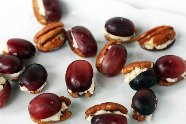 Pecan grape blue cheese bites recipe
