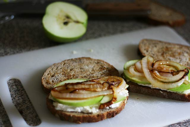 Granny Smith grilled cheese with caramelized onions