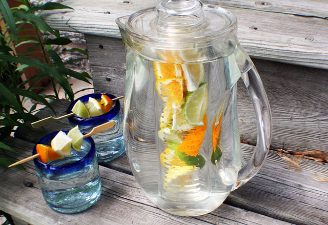Infusion pitcher for infused water