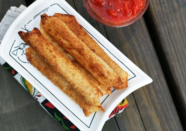 Wonton wrapper Mozzarella sticks recipe. Just 2 ingredients!