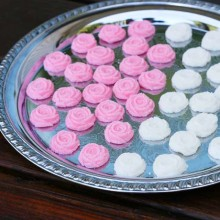 Cream cheese mints recipe from Cheap Recipe Blog