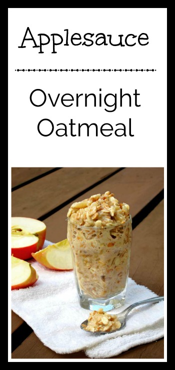 Applesauce overnight oatmeal.5 minutes prep, and breakfast is waiting for you in the morning!