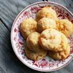 Cheddar cheese cookies recipe, from Cheap Recipe Blog
