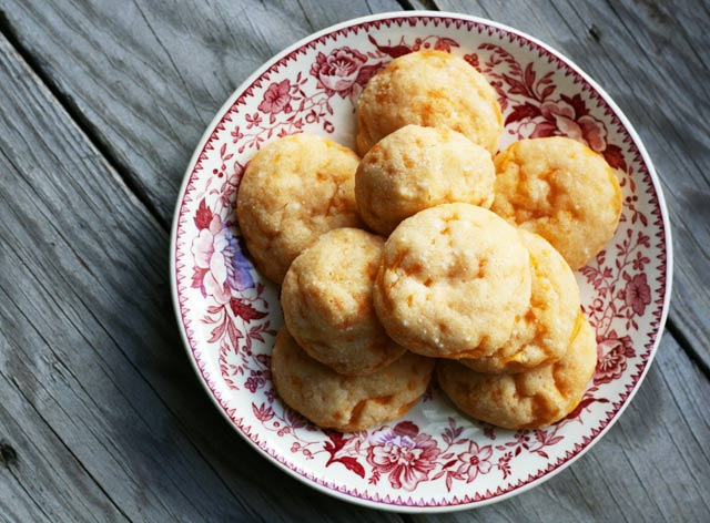 Savory Cheddar Cheese Cookies - Deliciously DIFFERENT and addictive! Repin to save.