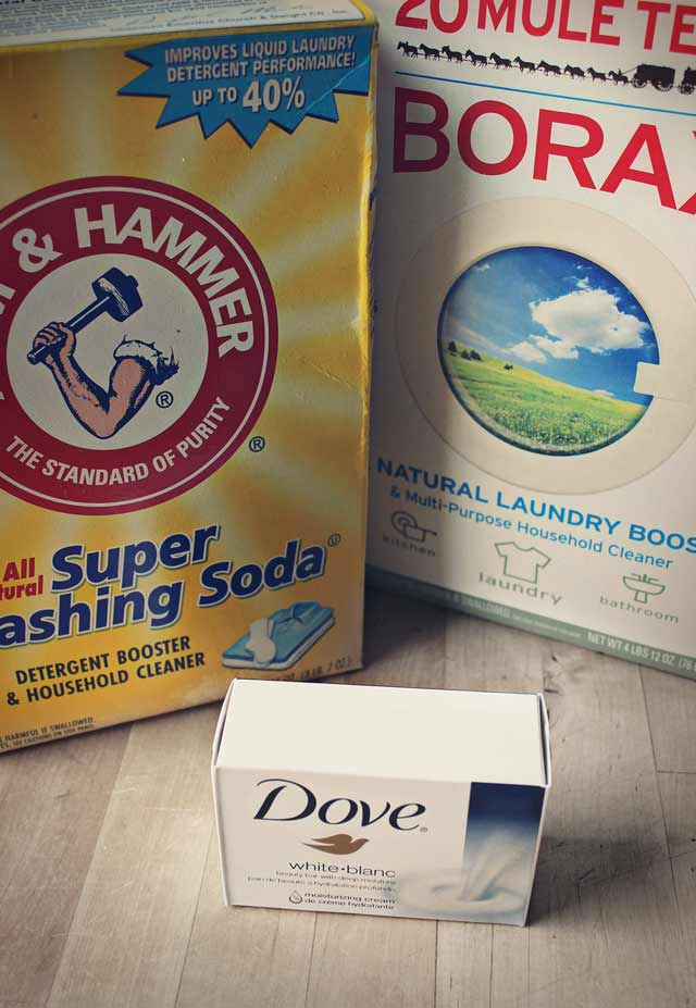 Ingredients to make your own homemade laundry detergent at home