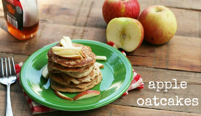 Apple oatcakes recipe, from Cheap Recipe Blog. Just $1 per serving! Repin to save.