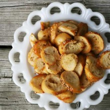 Bagel chips, from Cheap Recipe Blog