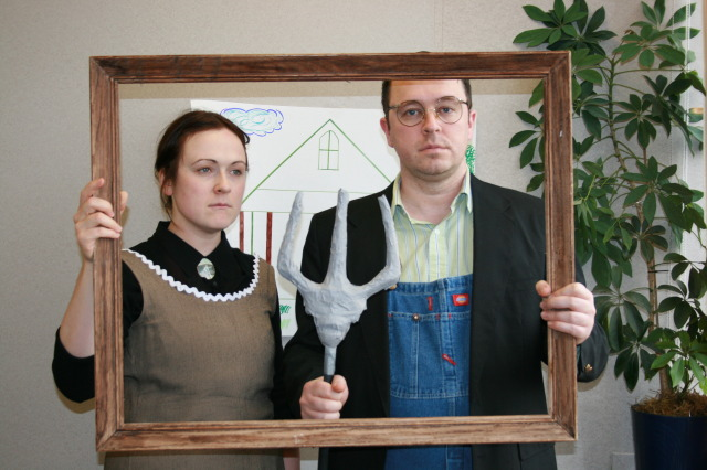 American Gothic Halloween costume idea. An art-inspired #halloween #costume