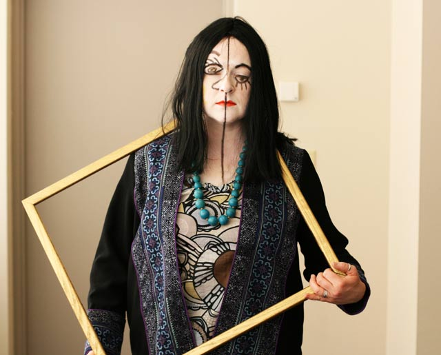 Picasso costume, an art-inspired Halloween costume, from www.cheaprecipeblog.com