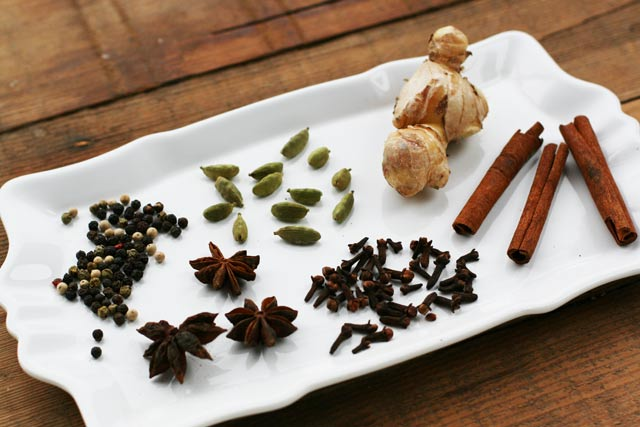 Chai Tea Concentrate (To Make Your Own Chai Tea Lattes At Home)