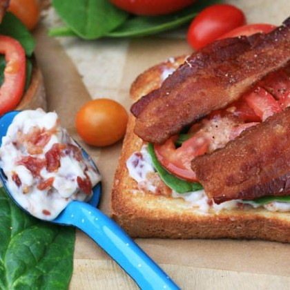 How to make bacon mayonnaise. Goes great on a BLT sandwich!