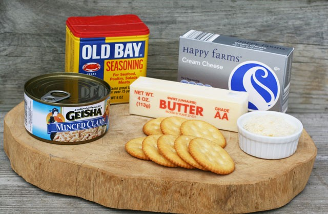 Ingredients to make cheesy Boston clam dip. Click through for recipe!