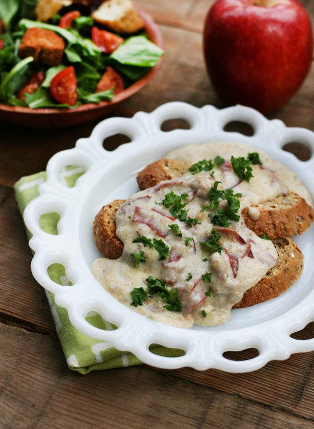 How to make chipped beef on toast.