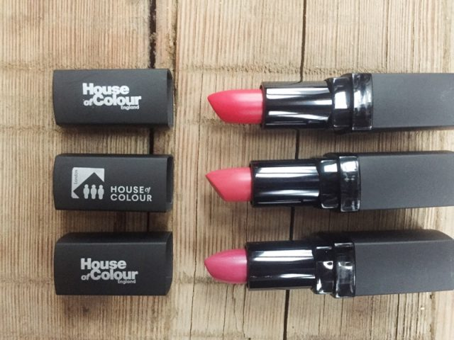 Choosing the right lipstick shades for your skintone