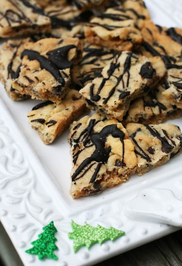 Chocolate chip cookie brittle: Easier than bona fide chocolate chip cookies, and every bit as delicious!