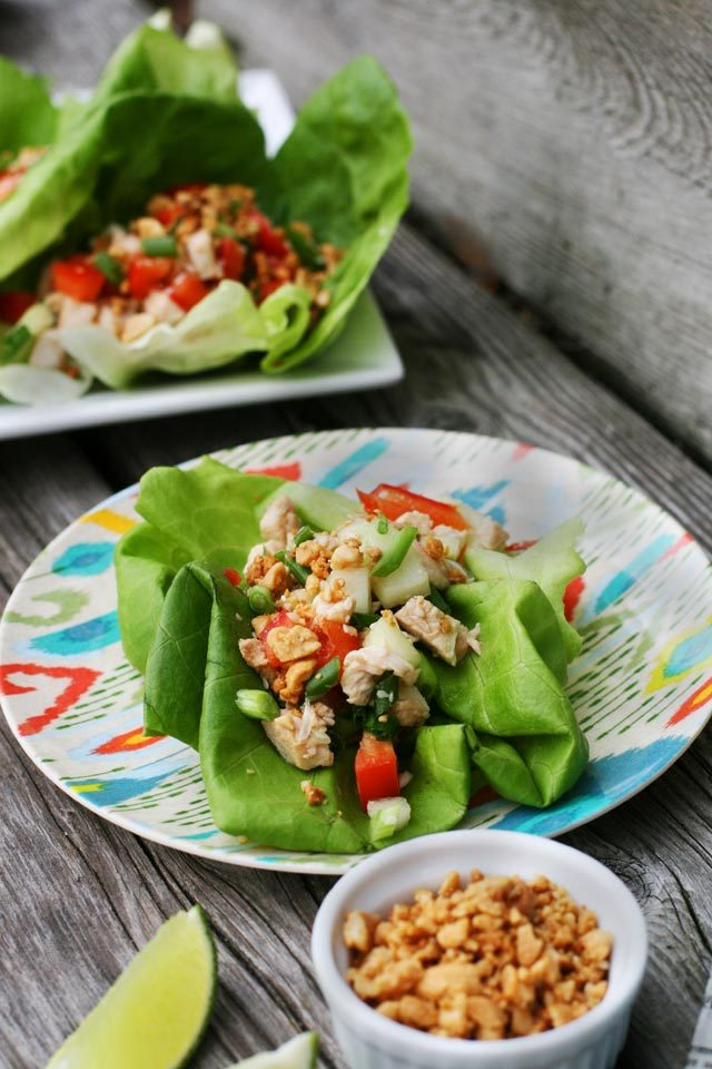 Leftover turkey lettuce wraps: This fresh, light meal is perfect after a heavy meal. Click through for recipe!