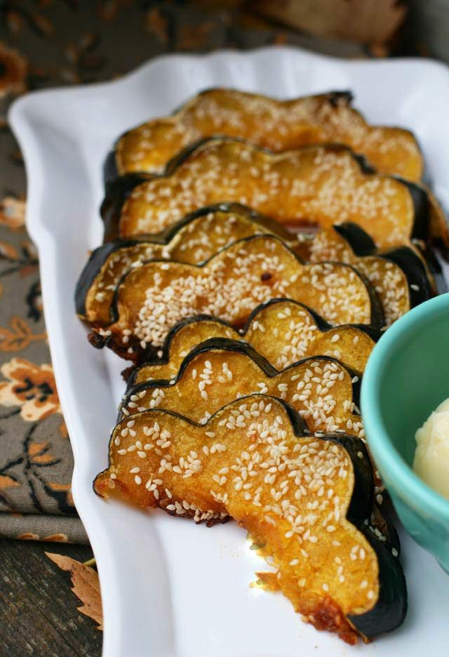 Sesame-glazed acorn squash: A unique twist on squash, with a bit of a crunch. Click through for recipe!