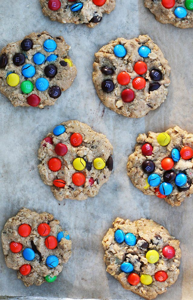 Epic monster cookies: The only recipe you need. Click through for details!