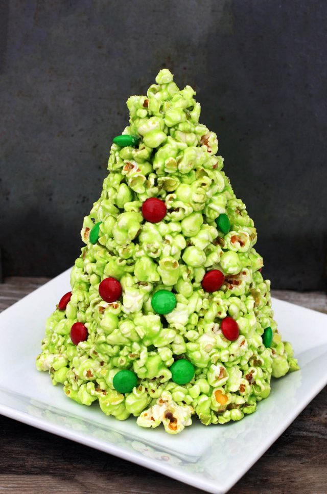 Make a homemade Christmas tree out of popcorn! Click through for easy recipe.