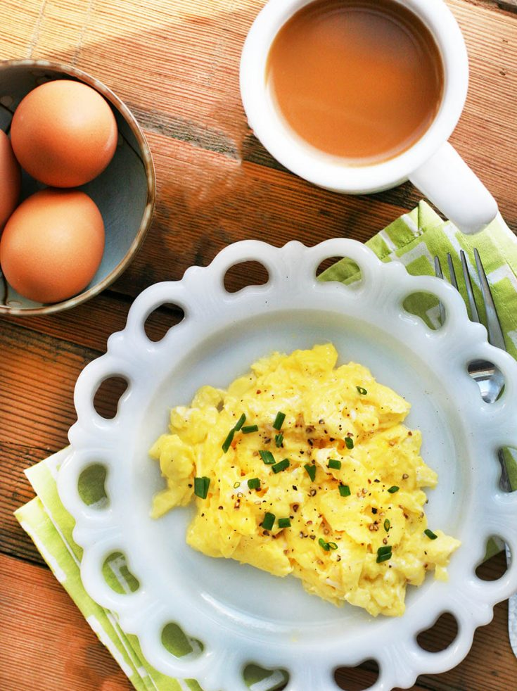 How to make perfect scrambled eggs. It's time to master this classic breakfast dish! Click through for detailed instructions.