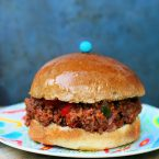 Spicy sloppy joes: The spicy, flavorful version of the classic sloppy joe. Click through for recipe!
