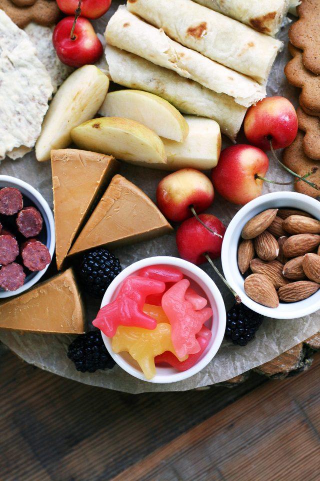 Scandinavian snack board: Get ideas for assembling a delicious, crowd-pleasing Nordic snack board!