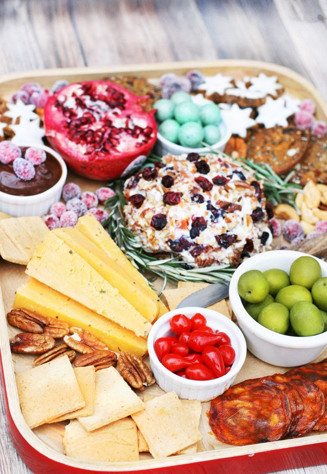 Holiday grazing board ideas: How to create a Christmas-themed holiday snack board.