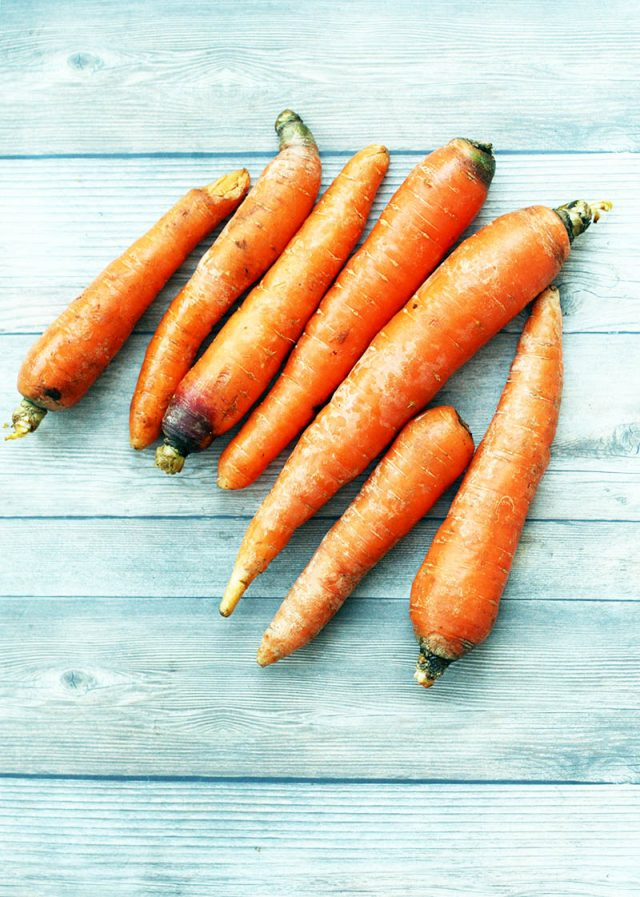 Carrots are a cheap recipe lover's dream! Check out these buttery baked carrots.