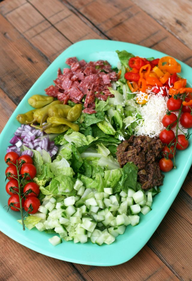 Chopped Italian salad: Salad with LOTS OF delicious toppings. Click through for recipe!