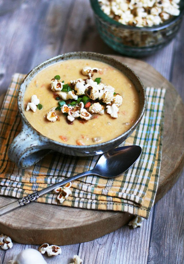 Sharp cheddar and ale soup: A twist on beer cheese soup. Click through for recipe!
