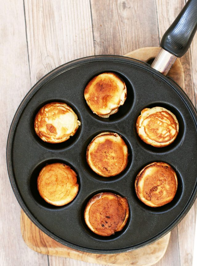 How to make Danish aebleskiver: Click through to learn how to make this delicious Danish pancake recipe!