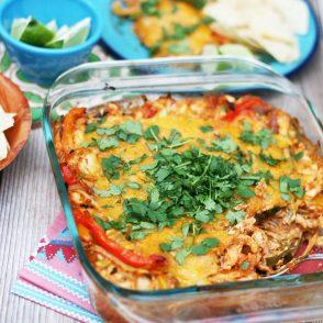 Chicken fajita bake: A hearty taken on chicken fajitas. Feed a crowd! Click through for recipe.