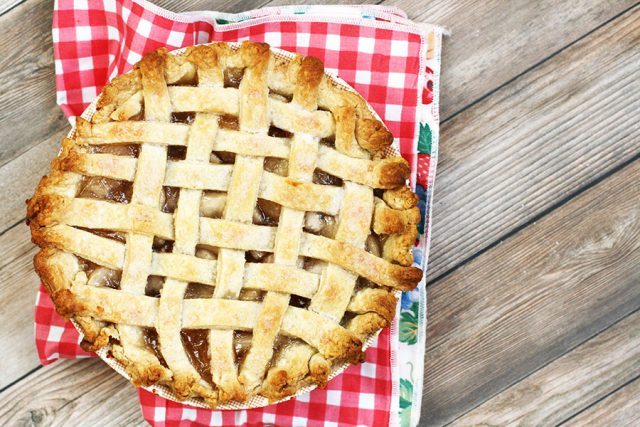 Pie in a bowl, with a simple lattice crust. Click through for recipe!